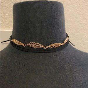 Gold Leaf Tie Up Choker!!!